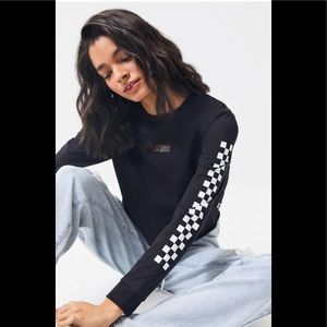 bfad9013 Vans Flying checkered long sleeve cropped t-shirt NWT